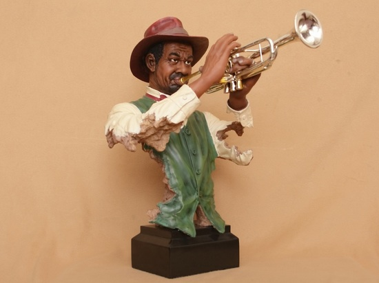 JazzFigure-pet01.jpg